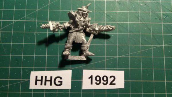 7002 - nepharite with hand weapons - dark legion - 1992 - hhg - unknown