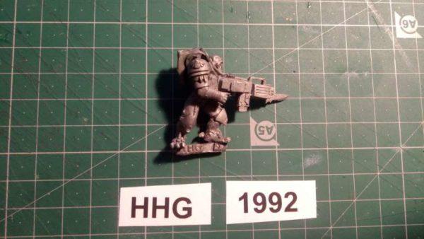 7003 - pretorian stalker with rifle - dark legion - 1992 - hhg - unknown