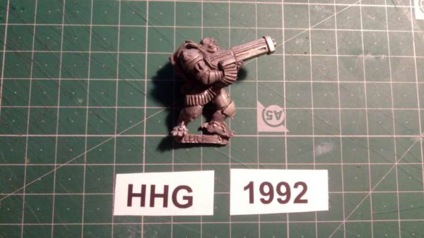 7004 -pretorian stalker with repeating heavy weapon - dark legion - 1992 - hhg - unknown