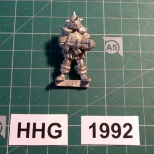 8011 - ilian templar guard with necro assault rifle - dark legion - 1992 - hhg - unknown